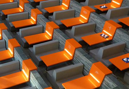 B&G 1 - Ben (nu pas) naar Beeld & Geluid in Hilversum geweest. Eerst maar een kop koffie.... - foto door ekeren op 16-11-2012