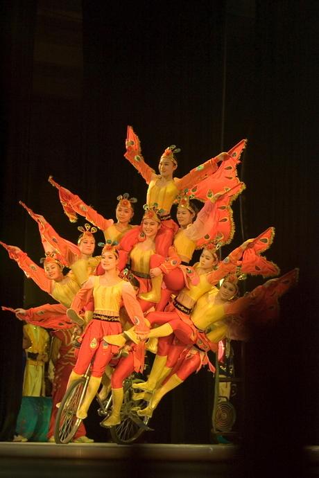 Chinese acrobaten - 1