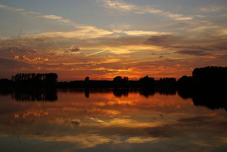 zonsondergang limburg