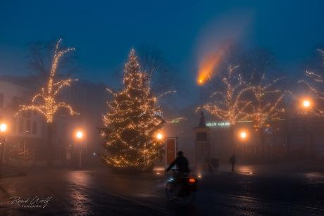 Kerstsfeer in de mist