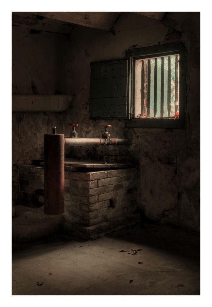 Forgotten Farm (Part 1) - Gemaakt ergens in NL - foto door peterrochat op 08-11-2010 - deze foto bevat: urbex