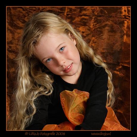 Rosalie tussen de herfstkleuren