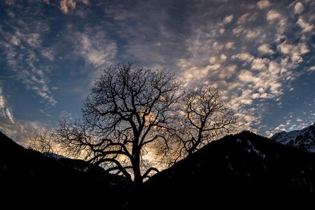 Zonsondergang in de bergen