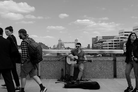 City singer (4)
