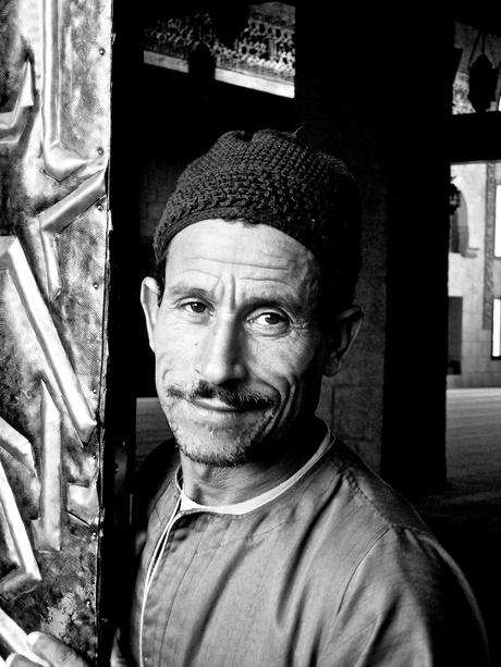man op straat in egypte