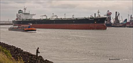 Crude oil tanker Penelop