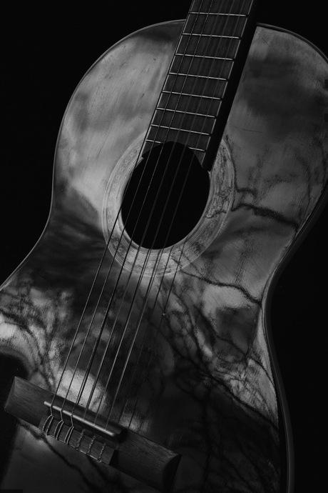 Lowkey guitar