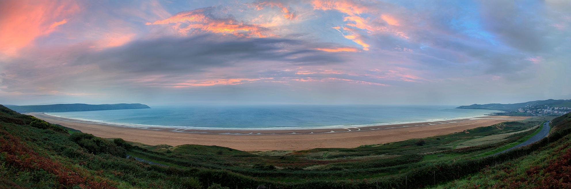 Woolacombe Beach - Atlantische kust van North Devon - foto door mwitjes op 07-10-2013 - deze foto bevat: strand, zee, panorama, zonsondergang, kust, engeland, uk, southwest coastal path