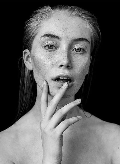 Roos - - - foto door Kayleesfotografie op 14-04-2019