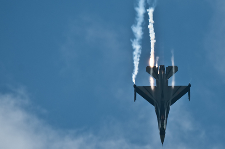 F16 demo II