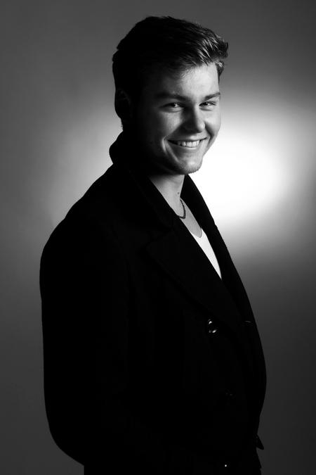 Smile - Portret foto voor zijn eigen bedrijfje. - foto door Mgosselink op 05-12-2013
