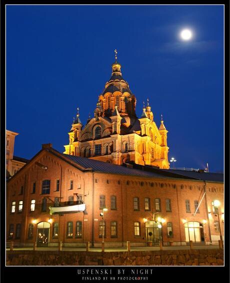 HB Uspenski by Night