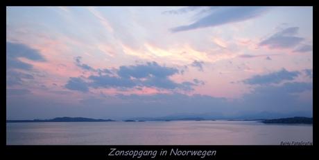Zonsopgang in Noorwegen