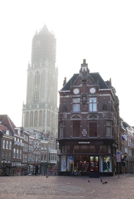 Utrecht in de mist