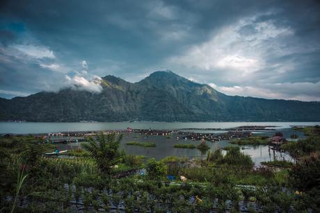 Mount Batur begin April
