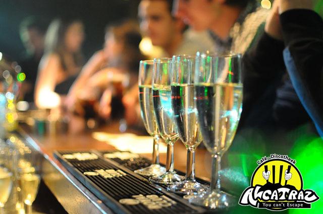 New years eve - Gemaakt bij een feest in een discotheek - foto door waah op 09-01-2011 - deze foto bevat: nieuwjaar, party, nacht, feest, champagne, discotheek