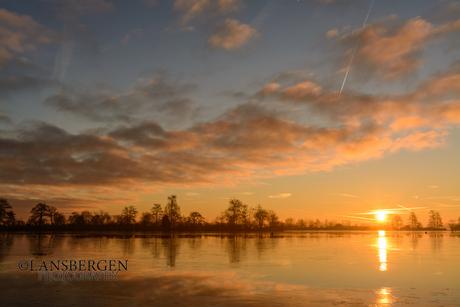De Reeuwijkse Plassen bij zonsopkomst