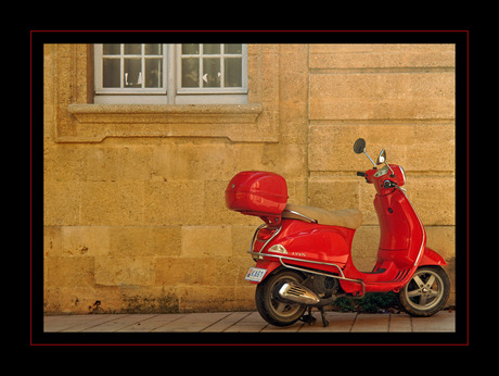 Scooter in Aix en Provence