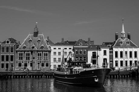 De haven van Maassluis