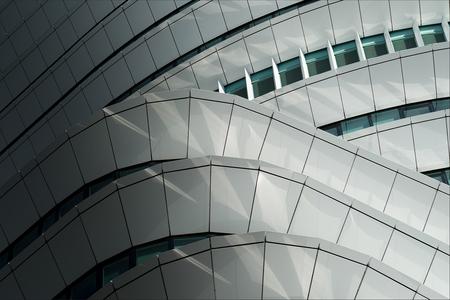 Paneeltjes - Eentje uit het mijn archief, dit keer geen uitsnede van onze keuken :-) - foto door corvee1r op 22-03-2021 - deze foto bevat: abstract, licht, lijnen, architectuur, gebouw, perspectief, groningen, modern, corvee1r