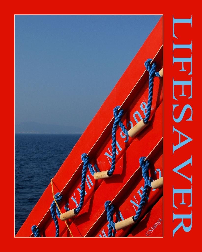 Lifesaver... - Genomen op de veerboot naar Symi!  ThanX voor de reacties op mijn vorige.   Stan - foto door stanga op 30-01-2010 - deze foto bevat: stanga