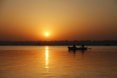 zonsopgang op de Ganges