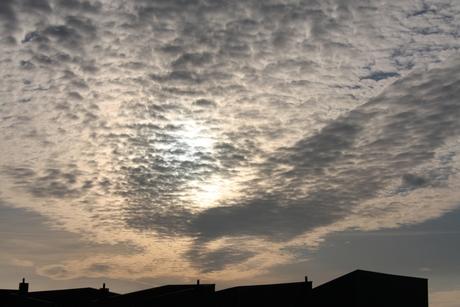 wolken, voor zonsondergang