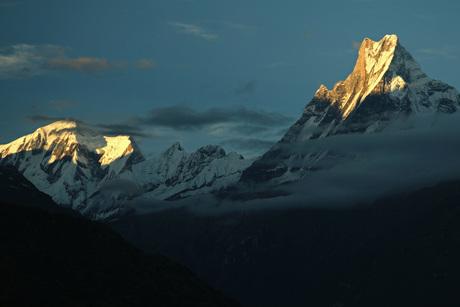 Fishtail bij zonsondergang - Nepal