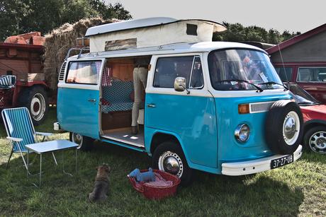 Volkswagen Typ 2 T2b 'Late Bay' Camper 1977 (7135)