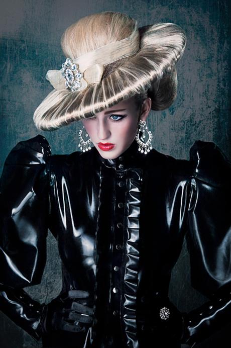 Ascot Lady