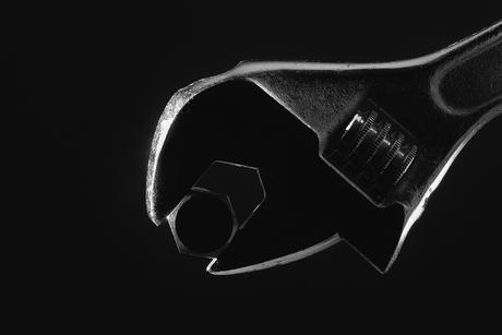 Verstelbare moersleutel