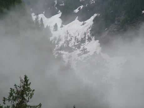 regen in de bergen