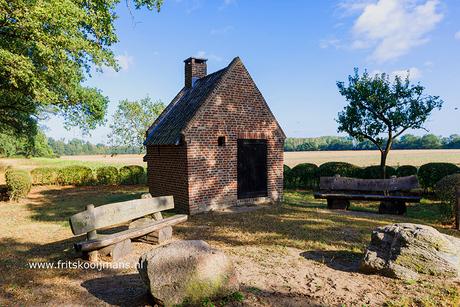 Bakkershuisje bij kasteel Tongelaar in Mill
