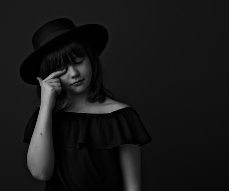 Noa | Monochrome