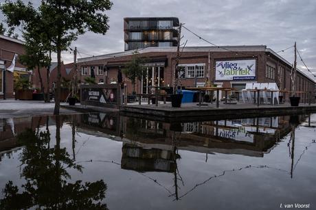 het Rozendaal complex bij avond in Enschede