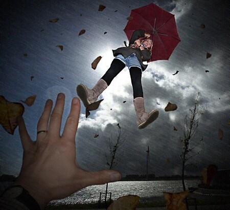WINDKRACHT !!! - Dit weer hadden we vandaag in brabant. Herfst in de winter. - foto door noudriet op 23-01-2012 - deze foto bevat: wind, bewerking, photoshop, weer, humor.