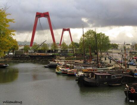 De Rode verlengde Willemsbrug