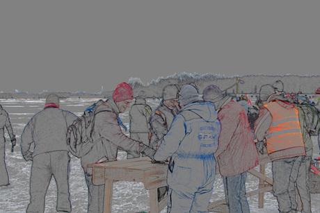 stempelpost tijdens schaatstocht op het zuidlaardermeer