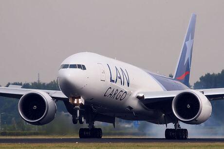 LAN Cargo T-7 (2)