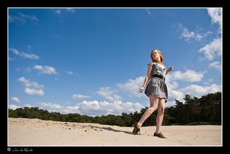 Neeka 2 - EEn foto uit de shoot met Neeka  Bedankt voor de reacties op me vorige foto  Groet Jan - foto door rondejan op 22-11-2012 - deze foto bevat: portret