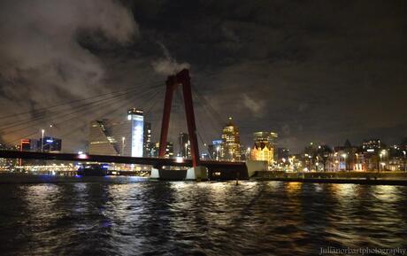 'Rotterdam in de nacht - Willemsbrug'