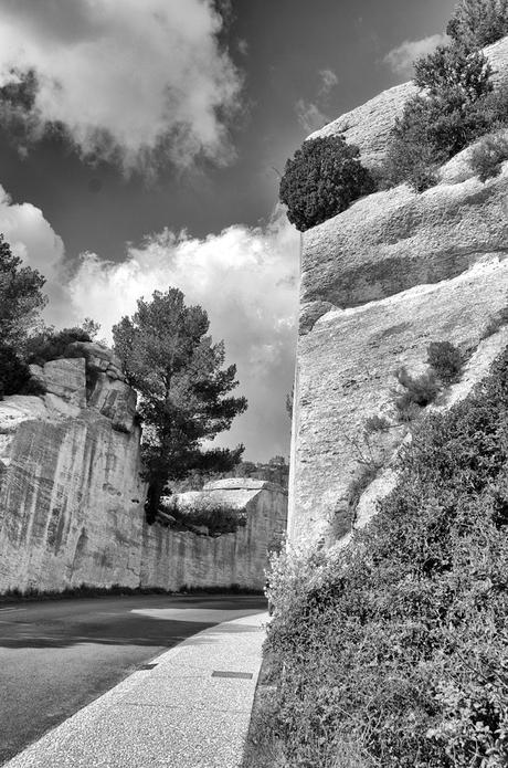 de weg naar Les-Baux-de-Provence