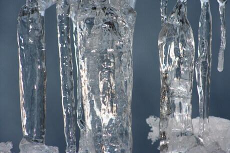 ijspegels