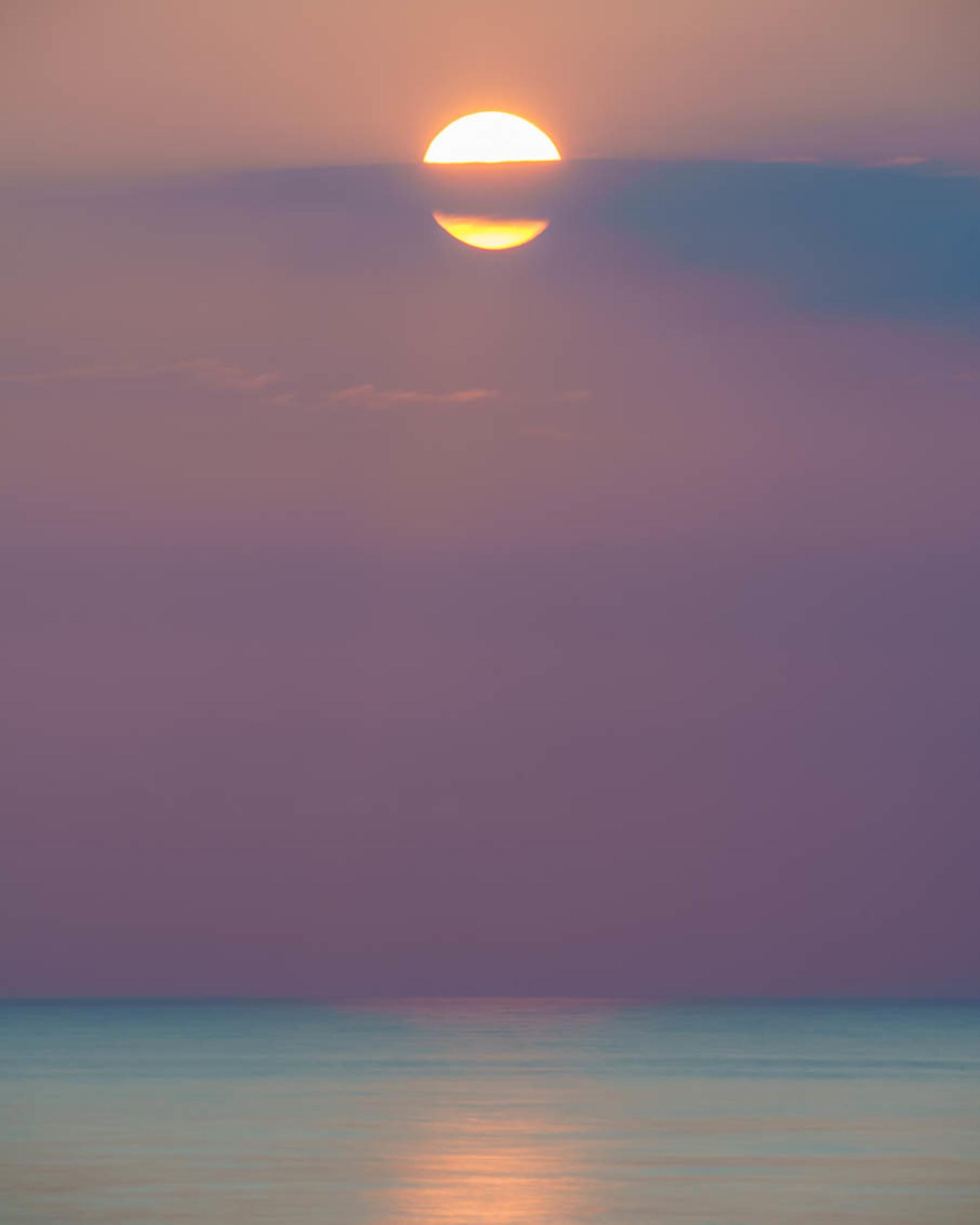 Zonsondergang - - - foto door jrvanalphen op 15-06-2020 - deze foto bevat: zee, zonsondergang, katwijk, lange sluitertijd - Deze foto mag gebruikt worden in een Zoom.nl publicatie