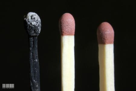 Burned out - - - foto door susannekim op 18-07-2020 - deze foto bevat: abstract, lucifer, macrofotografie