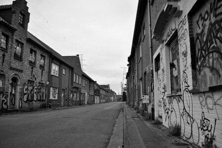 Ghost-town - Spookdorp van België, Doel. 27-12-2015 - foto door NathanBomm op 28-12-2015 - deze foto bevat: licht, lijnen, stad, zwartwit, belgie, verlaten