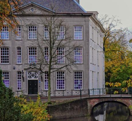 Amersfoort- Huis met de paarse ramen (1 van 1)