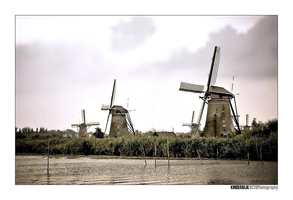 Kinderdijk - - - foto door Octo op 27-09-2008 - deze foto bevat: molen, molens, kinderdijk