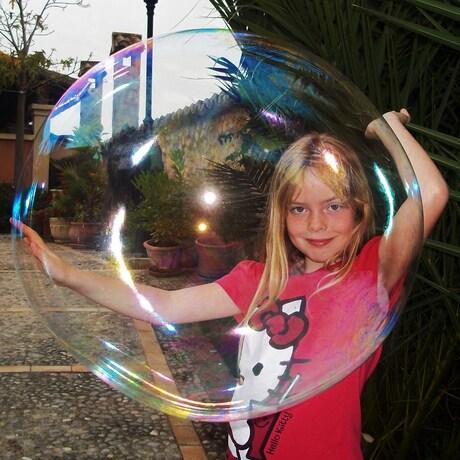 Heavy Bubble