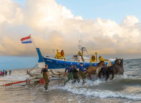 Paardenredding boot spektakel Ameland